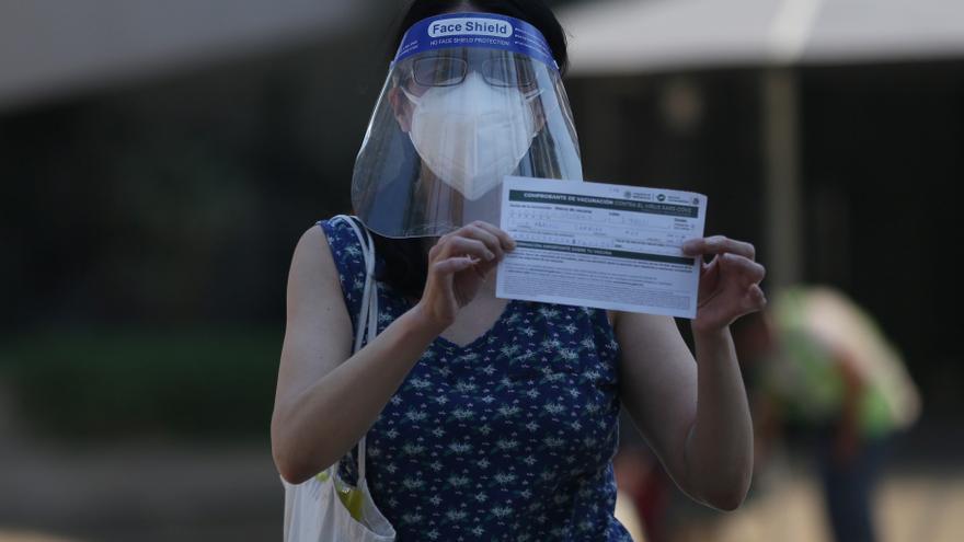 México registra 112 nuevas muertes y acumula 217.345 decesos por coronavirus