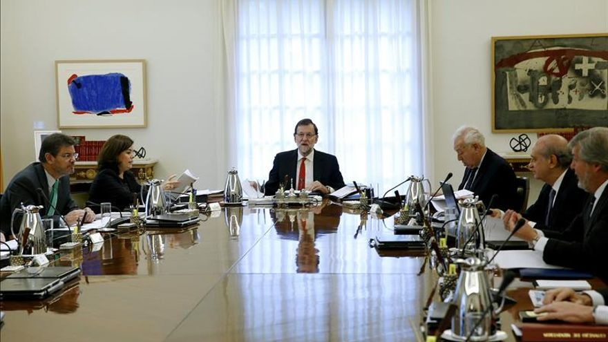 El Gobierno analizará hoy la situación en Cataluña tras la decisión del TC