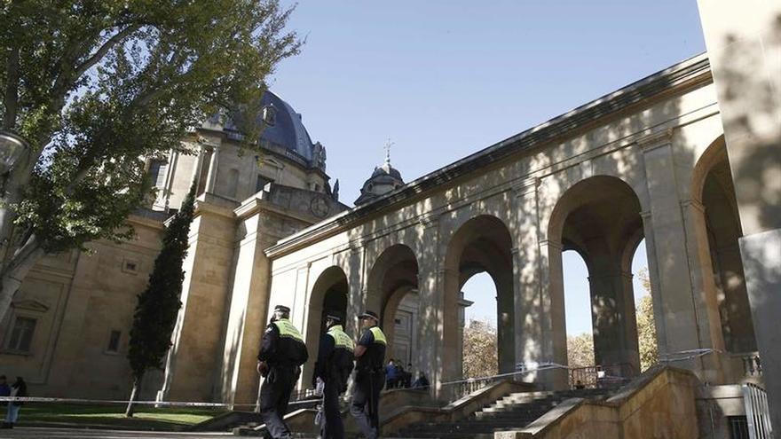 Comienza la exhumación de los restos de Sanjurjo enterrados en Pamplona