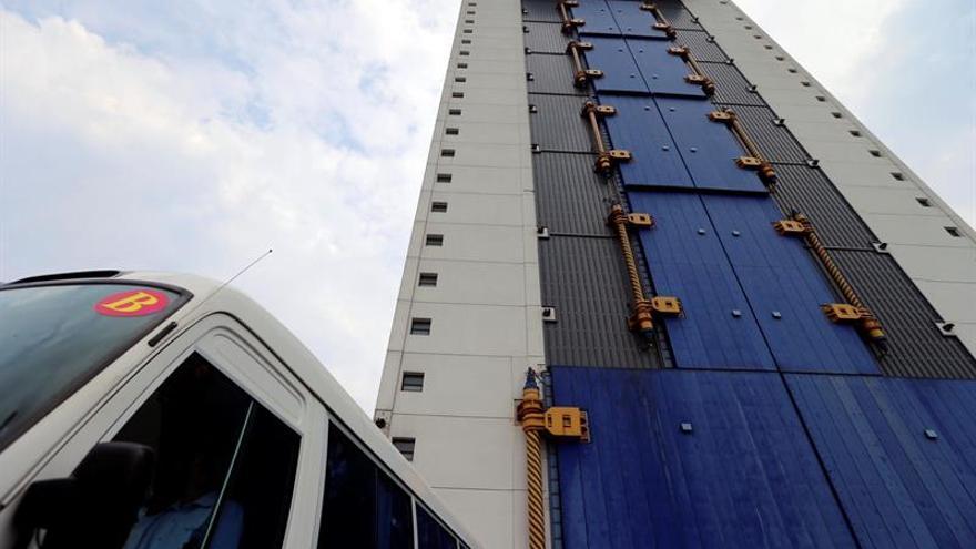 China investigará las causas del fallo del cohete lanzado el domingo
