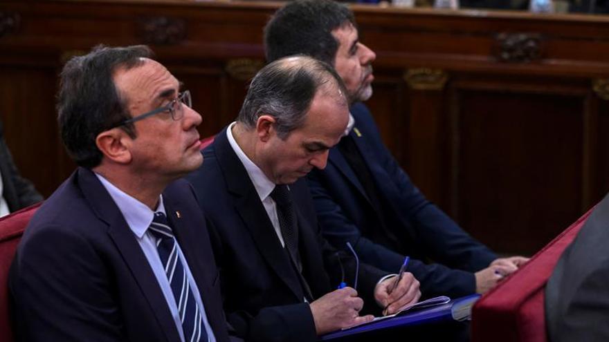Sànchez, Rull, Turull y el abogado de Puigdemont, candidatos de JxCat el 28A