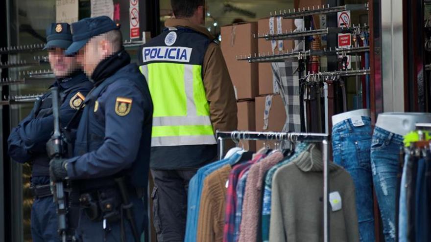 Un operativo internacional contra las falsificaciones en La Jonquera