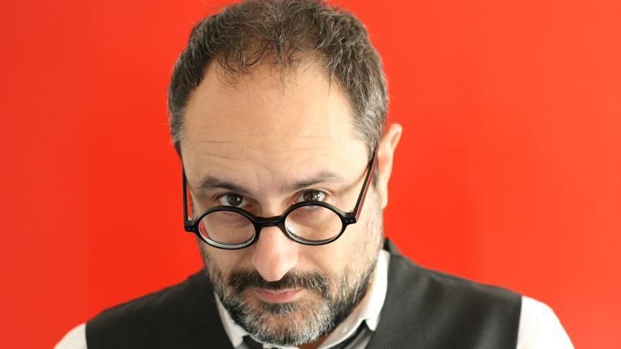 El escritor y periodista Antonio Baños. / Los libros del Lince