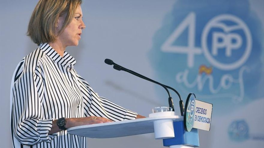 Cospedal dice no habrá referéndum y lamenta CLM tenga vicepresidente a favor
