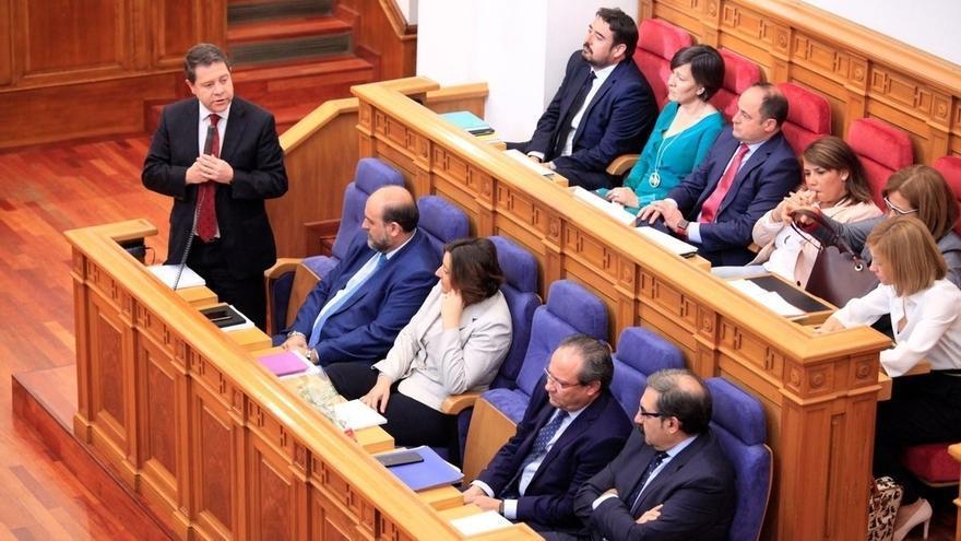 Sólo 3 de 125 enmiendas a los Presupuestos de C-LM consiguen apoyo tras una primera sesión de debate de 14 horas