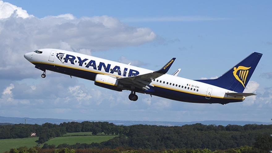 Ryanair: Equipaje de mano en el avión