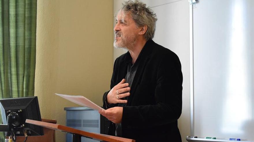 El escritor Manuel Rivas cierra su gira por EE.UU. en la Universidad de Texas