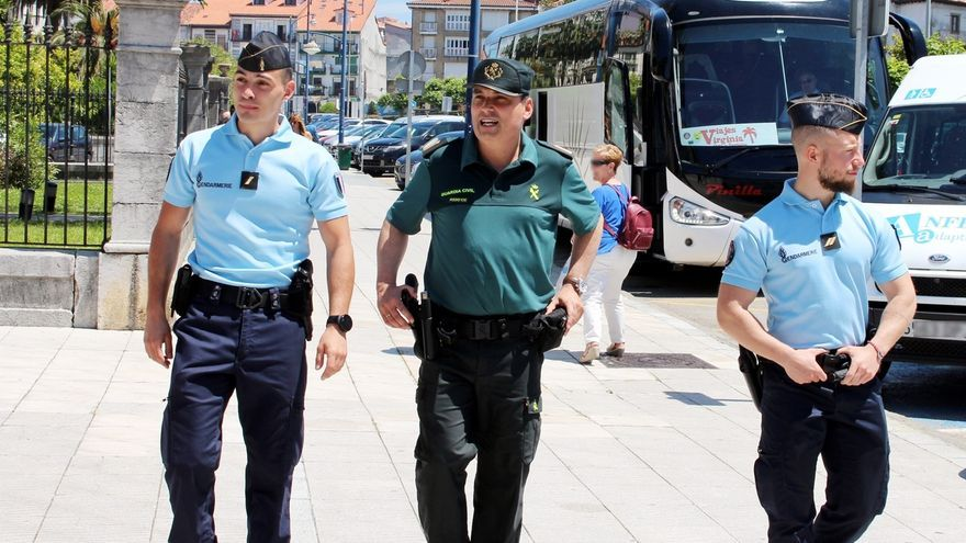 Guardias civiles y gendarmes franceses patrullan desde hoy conjuntamente en Laredo y Castro Urdiales