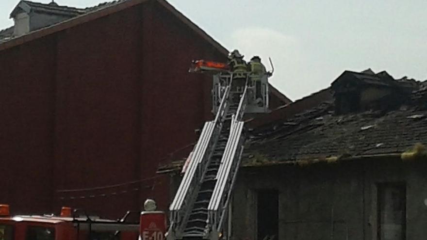 Los fallecidos en el incendio de Zorroza son un varón de 23 años, su mujer de 20, y sus dos hijos de entre 2 y 3 años