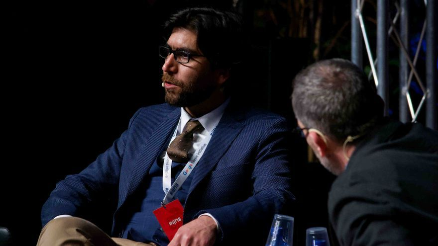 El fundador de Mosul Eye, Omar Mohamed, durante el International Journalism Festival, celebrado en Italia el 14 de abril de 2018.