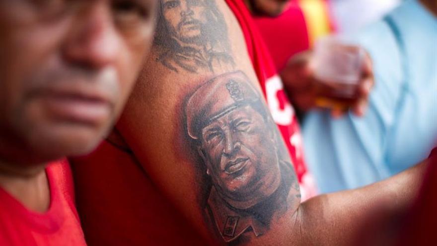 Chavismo convoca a marcha el mismo día que lo hará la oposición venezolana