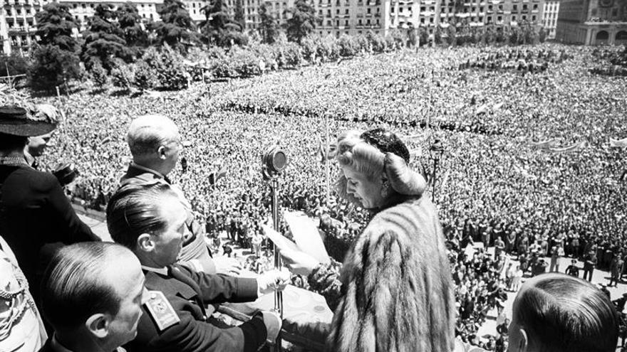 Eva Perón, un soplo de aire fresco en la España en blanco y negro de Franco