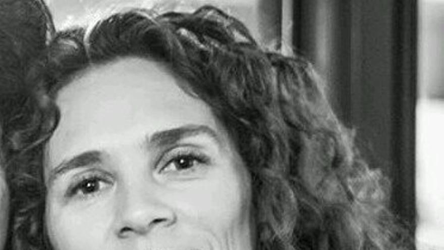 La poeta Idoia Arbillaga. Foto: FENAVIN