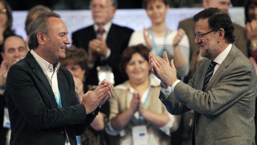 Alberto Fabra y Mariano Rajoy en un acto del PP en Valencia.