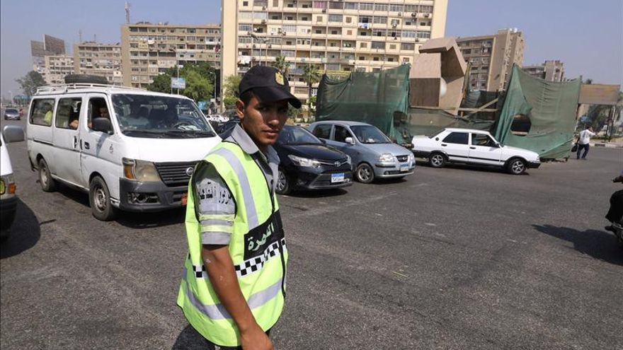 Mueren tres policías en un ataque armado en la península egipcia del Sinaí