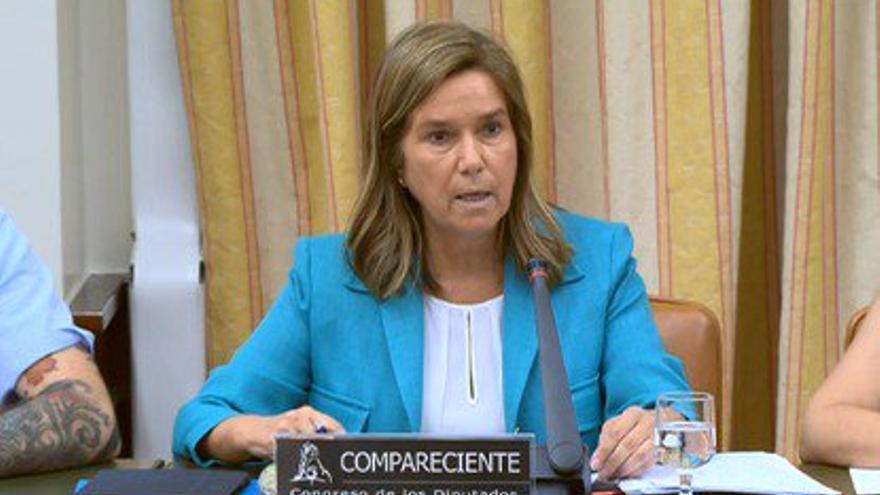 Ana Mato, durante su comparecencia en el Congreso.