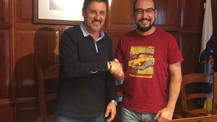 Martín Taño y Jeray Rodríguez tras el pleno de este jueves.