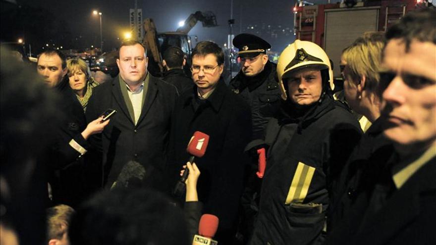 El Gobierno de Letonia presenta su dimisión por el derrumbe en Riga