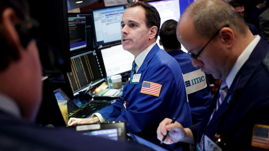 Wall Street abre al alza y el Dow Jones sube 0,50 %
