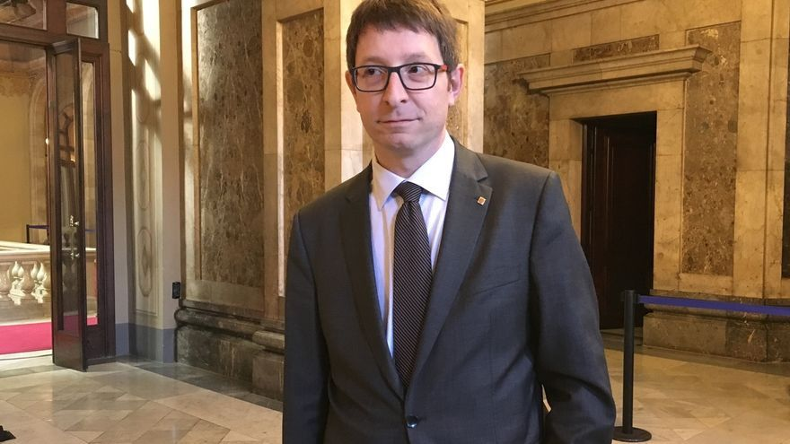 """El conseller Mundó ve """"gravísimo"""" que el TC paralice el acuerdo del Parlament catalán para el referéndum"""