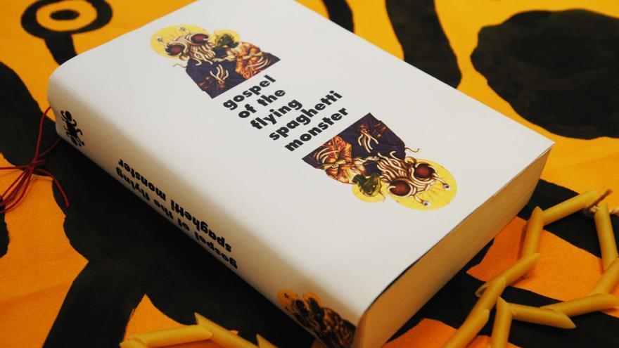 Objetos diseñados por Laura Niubó para el corto sobre el pastafarismo RAmén.
