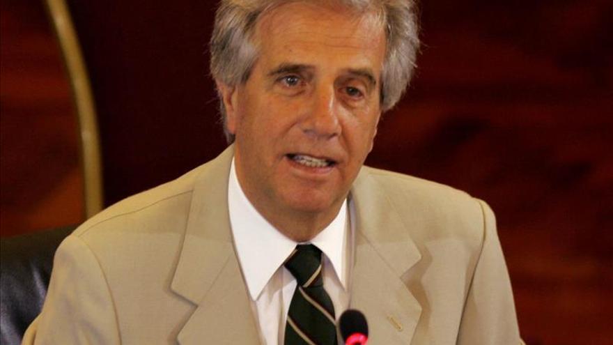 """La izquierda uruguaya pide mantener la """"llama encendida"""" y la oposición un cara a cara"""