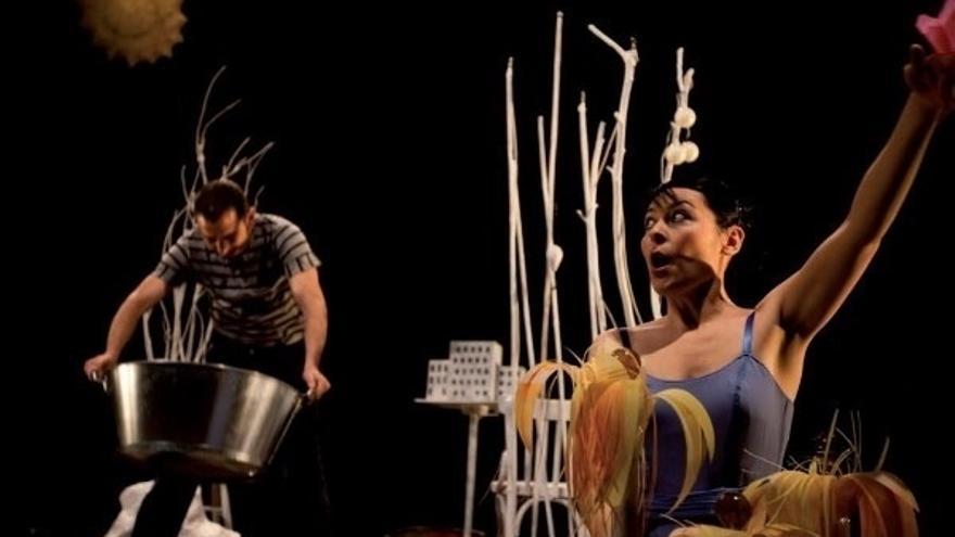 Las familias y el público infantil desafían las tradiciones teatrales en la segunda semana de feSt