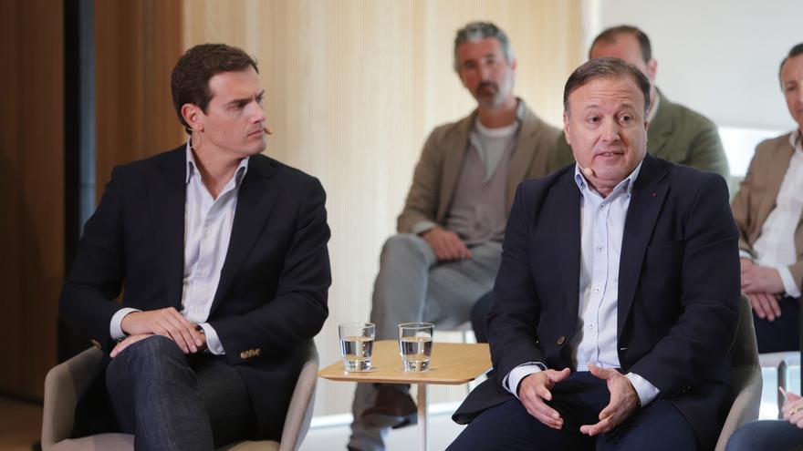 Rivera avanza que Joan Mesquida será ministro del Interior en su Gobierno si llega a la Moncloa