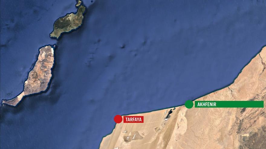 Distancia entre Tarfaya y Akhfenir