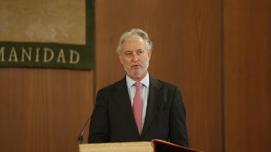 Rafael Porras, designado por el Pleno del Parlamento presidente del Consejo de Administración de RTVA