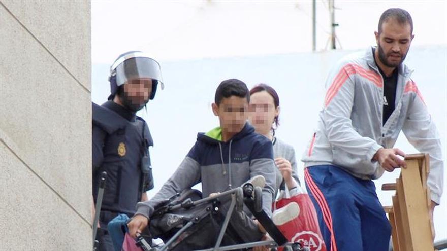 La Policía desaloja 206 viviendas ocupadas de forma ilegal en Ceuta
