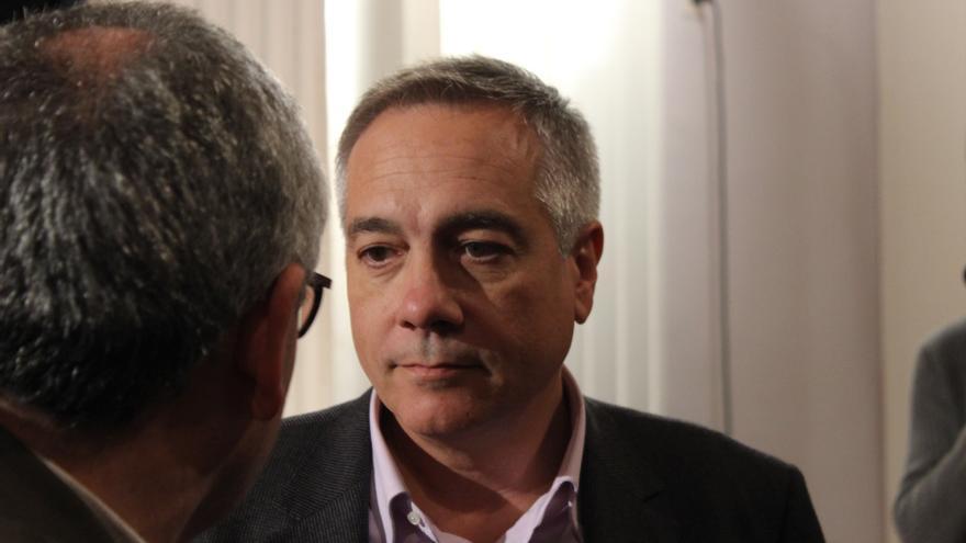 Navarro (PSC) asegura que Mas y Junqueras, igual que Rajoy, no tienen ningún plan para Cataluña