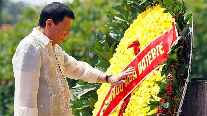 Duterte se compara con Hitler y dice querer matar a 3 millones de drogadictos