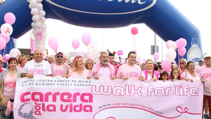Cabecera de la marcha, en la mañana de este domingo en el sur de Tenerife