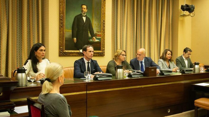 Sesión constitutiva de la comisión de Investigación relativa al accidente del vuelo JK 5022 de Spanair.