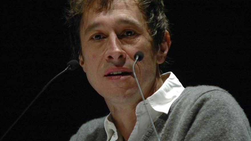 Duelo de biografías sobre Yves Saint Laurent en los César del cine francés