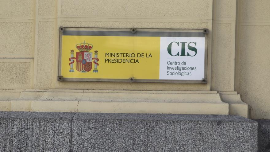 El CIS publica mañana su barómetro de abril, que incluye intención de voto y valoración de líderes
