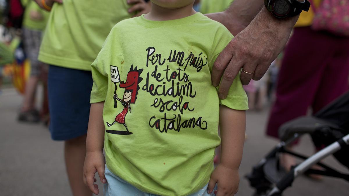 Imagen de una manifestación en defensa de la inmersión lingüística de 2013