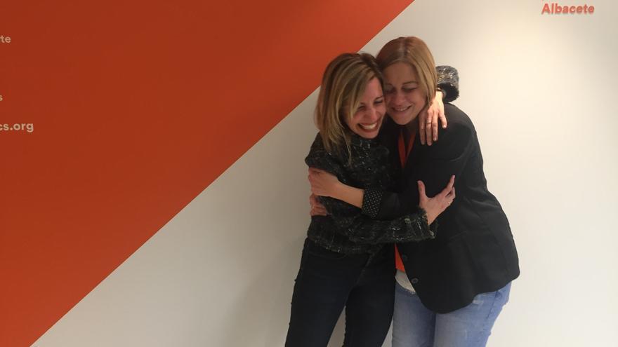 María Dolores Arteaga y Carmen Picazo en Albacete el pasado 10N