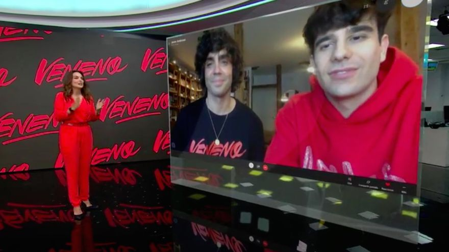 Javier Calvo y Javier Ambrossi en Antena 3 Noticias