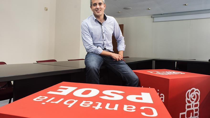 Pablo Zuloaga, secretario general del PSOE de Cantabria. | Fotos: JOAQUÍN GÓMEZ SASTRE
