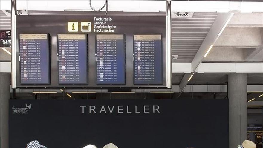 El PSOE promoverá la tarifa plana en los vuelos entre islas si gobierna