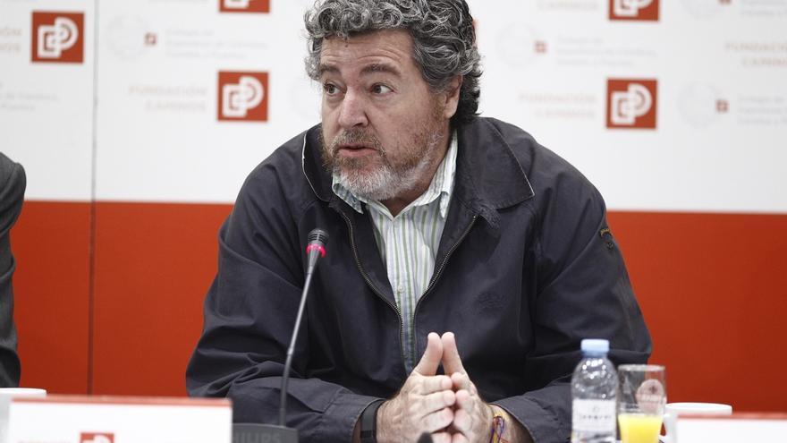 """Juan López de Uralde llama a sumar y a poner """"por delante el programa"""" porque """"el enemigo no está dentro, está fuera"""""""
