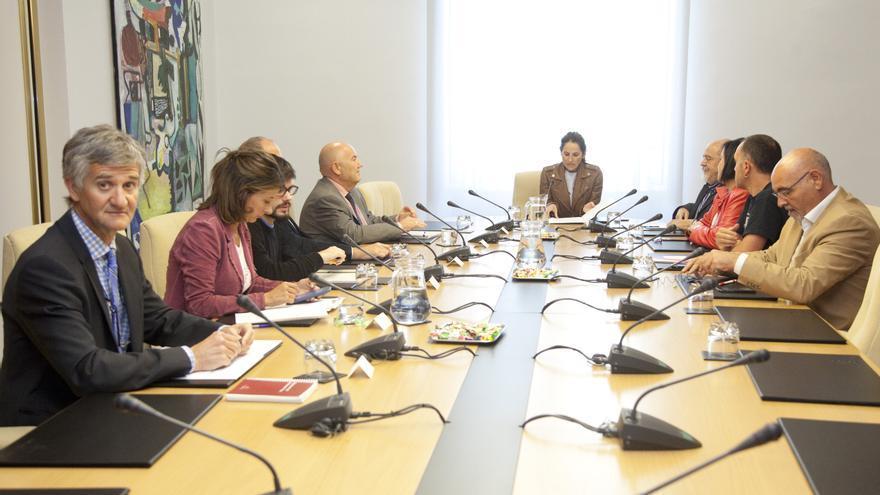 Reunión de la Junta de Portavoces extraordinaria en el Parlamento Vasco