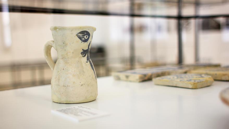 """Una de las obras de """"Herencias""""; una muestra dedicada a las alquerías de la huerta de València."""