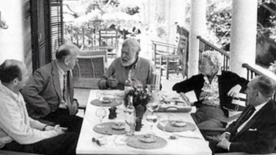 Ernest Hemingway, en La Cónsula