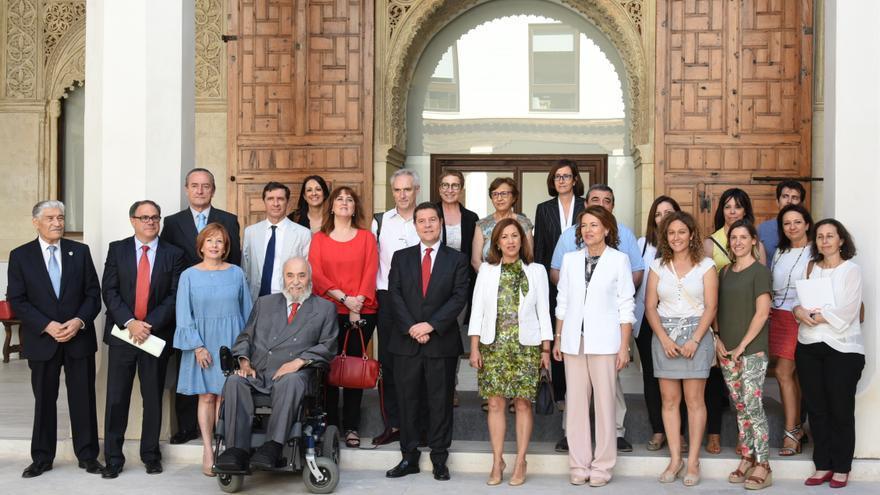 Reunión de Emiliano García-Page con organizaciones tutelares y CERMI / JCCM