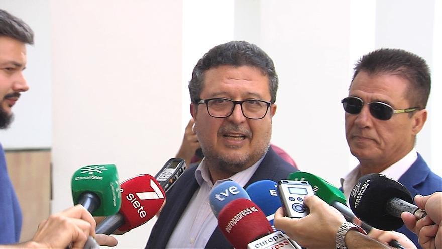 """Serrano (Vox) descarta su retirada de la política tras reincorporarse de su baja en el Parlamento: """"Vengo con fuerza"""""""
