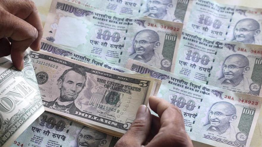El Gobierno indio da por superada la peor fase de la crisis de liquidez