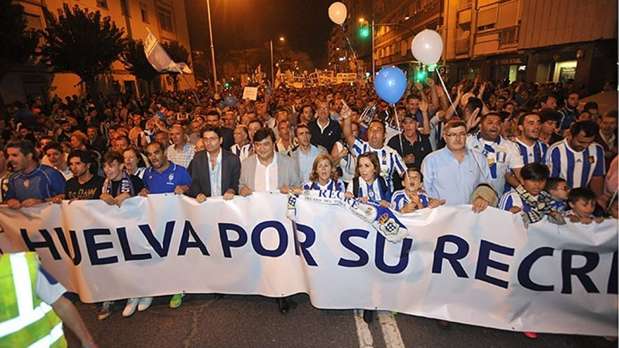 La manifestación en apoyo al Recre celebrada en Huelva el pasado viernes.